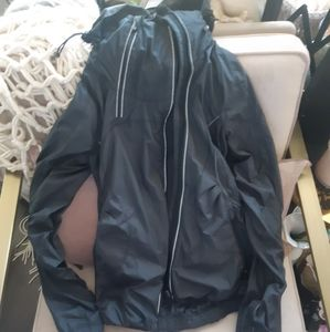 Lululemon light weight grey jacket 2